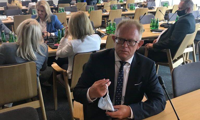 Romuald Lenkajtis na posiedzeniu Komisji Ochrony Środowiska, Zasobów Naturalnych i Leśnictwa
